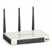 ROUTER TP-LINK TL-WR941N 300MB 3 ANTENAS 3 DBI